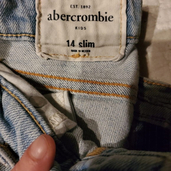 Abercrombie & Fitch Other - Abercrombie boys size 14